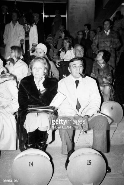 Lino Ventura et son épouse Odette au Parc des Princes le 9 octobre 1974 à Paris France