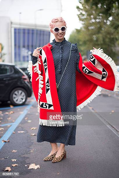 Linor Kahalani poses wearing an H and M dress before the Gucci show during Milan Fashion Week Spring/Summer 2017 on September 21, 2016 in Milan,...