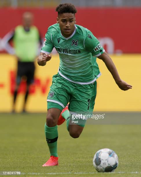 Linton Maina of Hannover runs with the ball during the Second Bundesliga match between SV Sandhausen and Hannover 96 at BWTStadion am Hardtwald on...