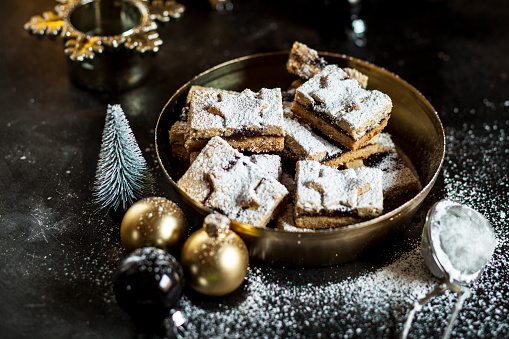 Linzer cookies with mulled wine filling - gettyimageskorea