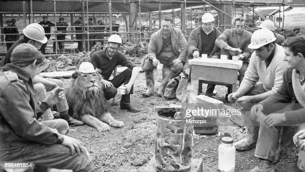 Lion Marquess having their lunch Left to Right Dave Beanland Ginger Hall Marquess the lion Richard Congdon Clive Webb Mike Inman Mike Harding Charlie...