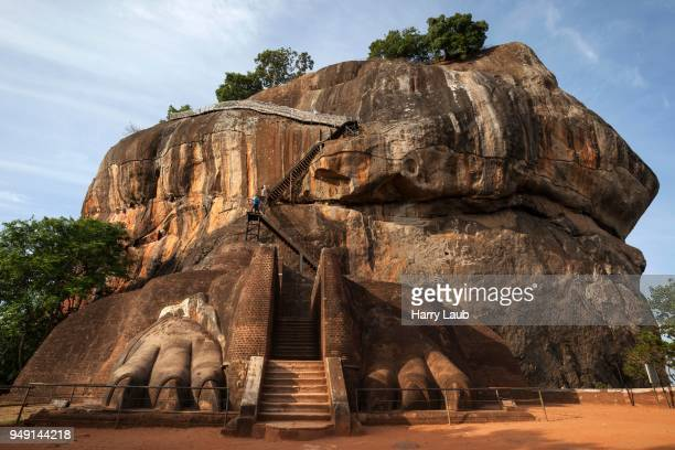 lion staircase, lion rock or sigiriya, rock fortress, central province, sri lanka - sigiriya stock photos and pictures