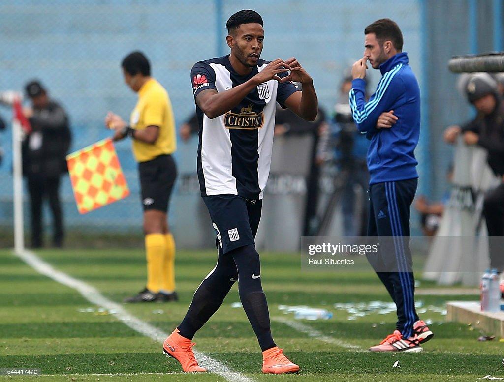 Sporting Cristal v Alianza Lima - Torneo Clausura 2016