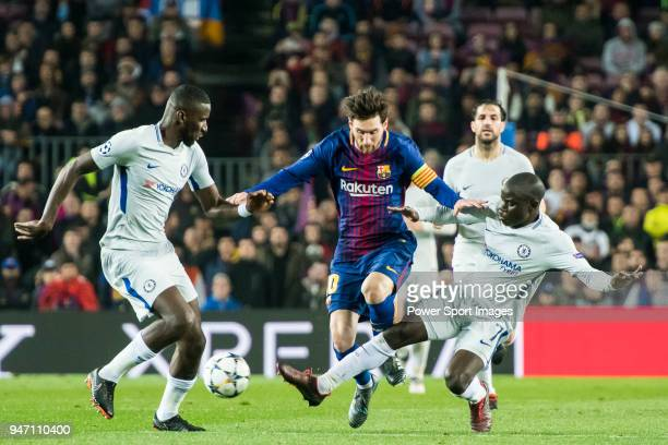 Lionel Andres Messi of FC Barcelona competes for the ball with N'Golo Kante and Antonio Rudiger of Chelsea FC during the UEFA Champions League 201718...