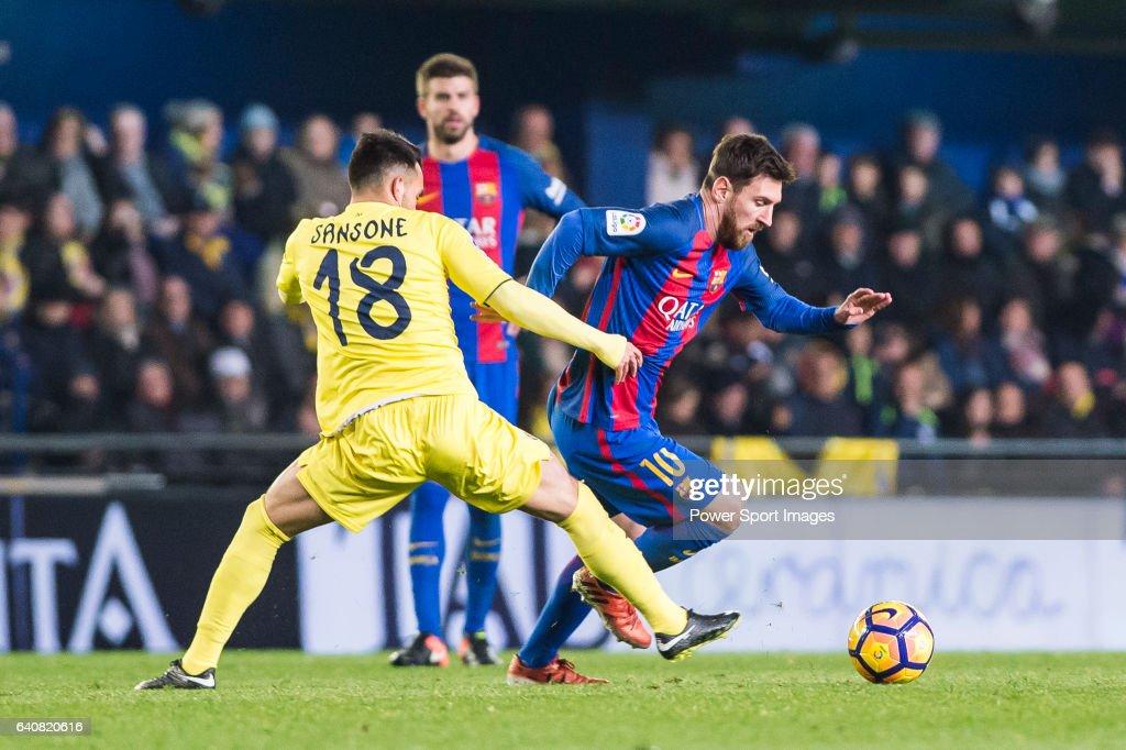 2016-17 La Liga - Villarreal CF vs FC Barcelona : ニュース写真