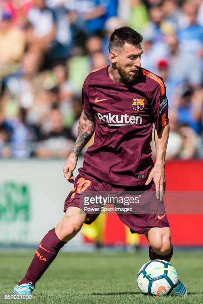 Lionel Andres Messi of FC Barcelona in action during the La Liga 201718 match between Getafe CF and FC Barcelona at Coliseum Alfonso Perez on 16...