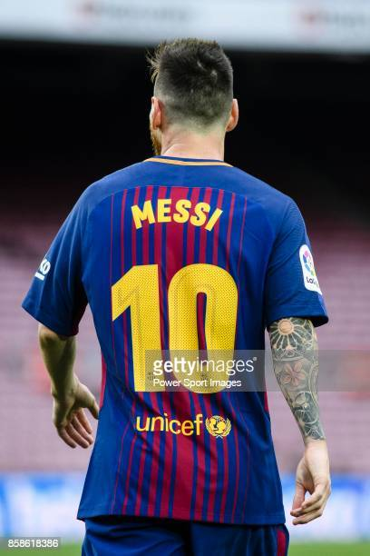 Lionel Andres Messi of FC Barcelona in action during the La Liga 201718 match between FC Barcelona and Las Palmas at Camp Nou on 01 October 2017 in...
