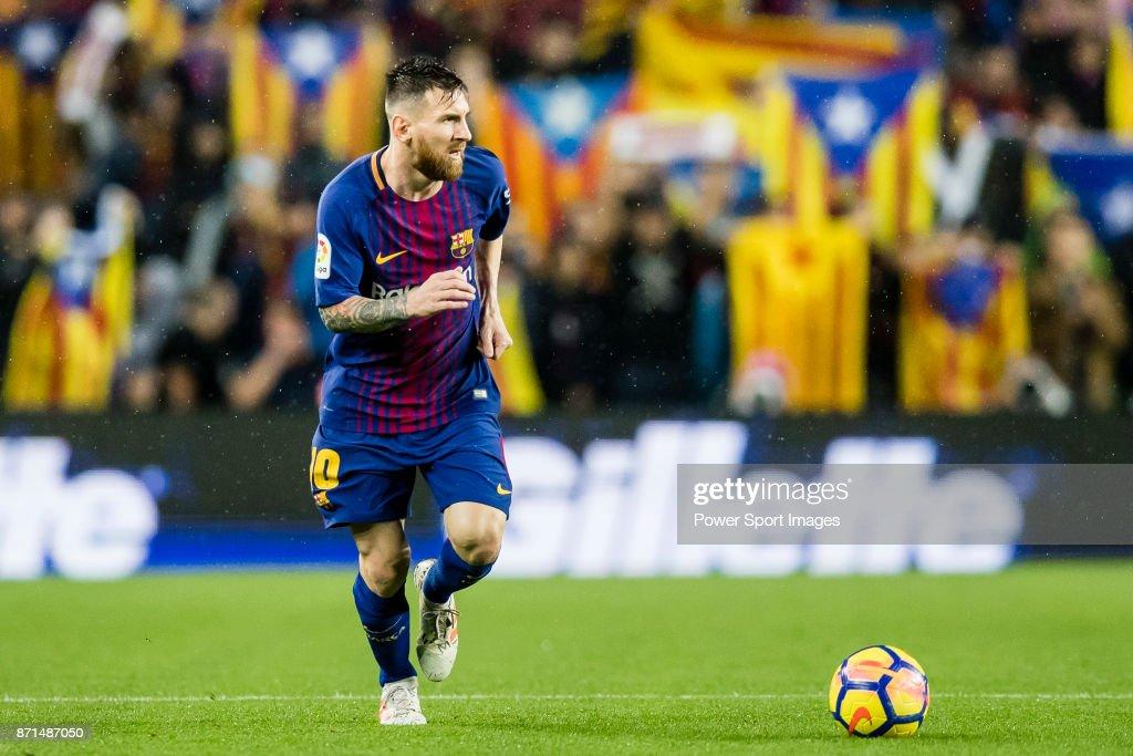 La Liga 2017-18 - FC Barcelona vs Sevilla FC : Foto di attualità