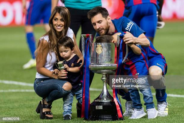 Lionel Andres Messi of FC Barcelona with his sons Thiago and Mateo Messi and wife Antonella during the Copa Del Rey Final between FC Barcelona and...