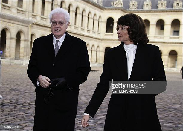 Lionel Jospin and his wife Sylvianne Agacinski in Paris France on January 29 2007