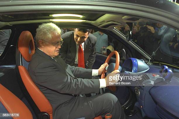 Lionel Jospin at the wheel of a Mercedes Smart