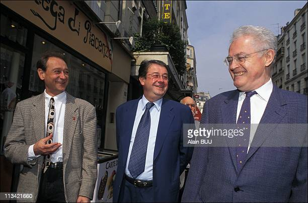 Lionel Jospin Maintains Daniel Vaillant Paris 18th District On July 1996