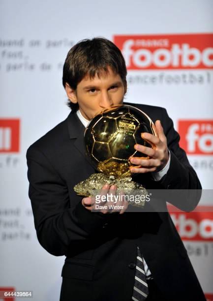 Lionel MESSI Remise du Ballon d'Or 2009 au Siege de TF1 Paris Photo Dave Winter / Icon Sport