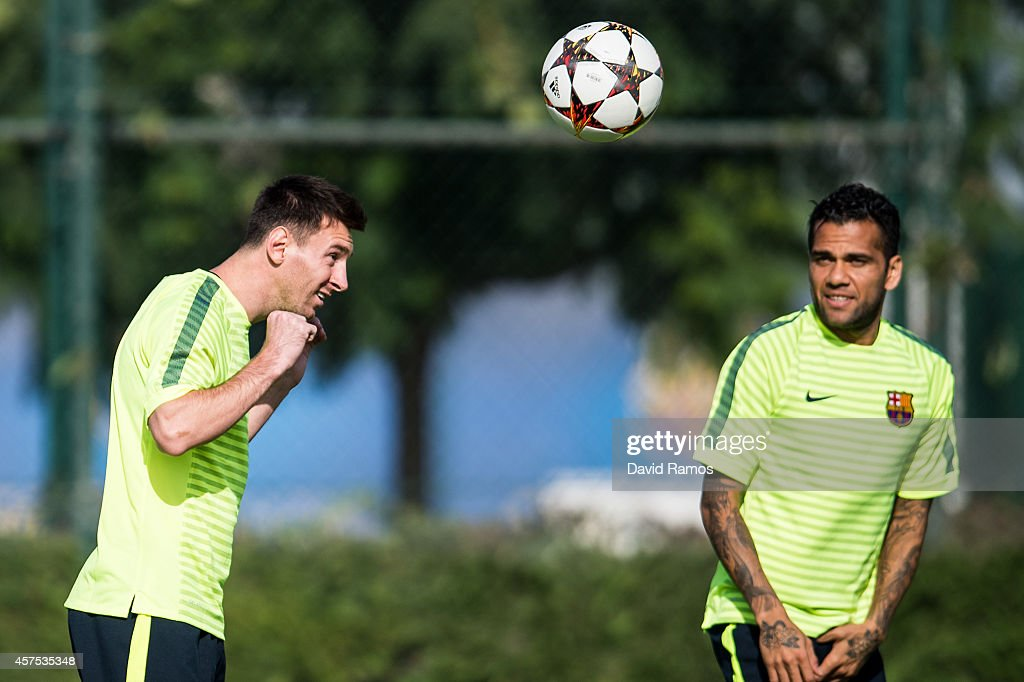 Barcelona Training Session : News Photo