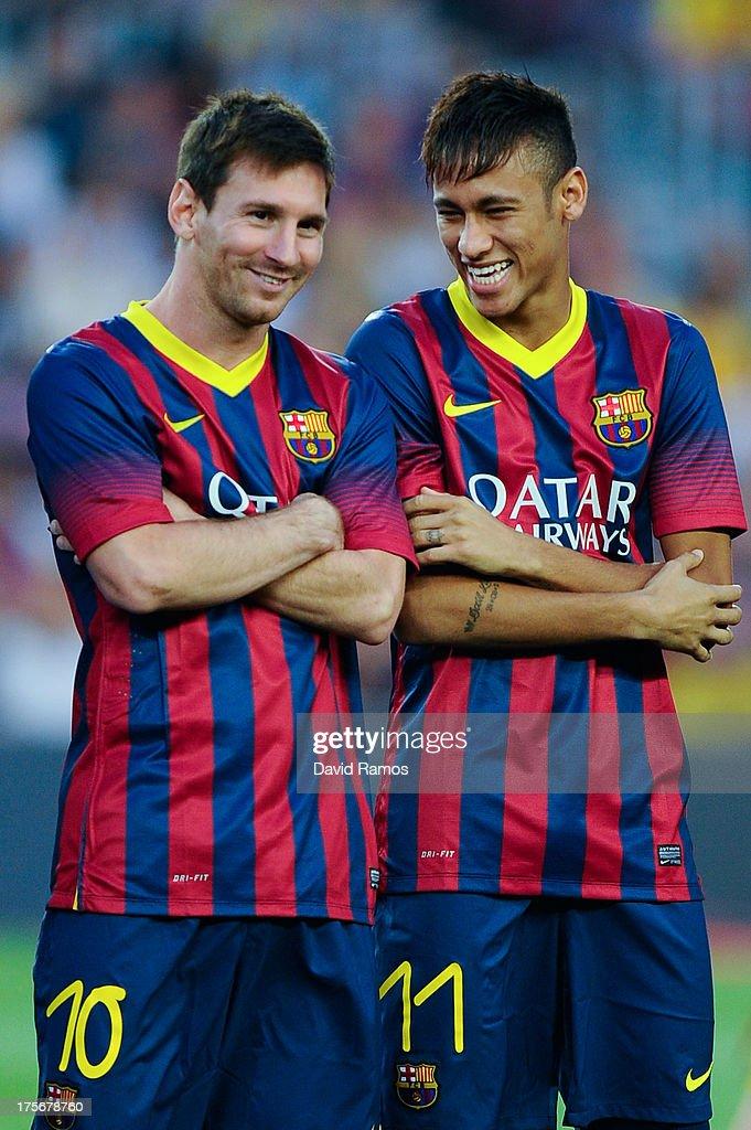 Barcelona v Santos - Pre Season Friendly : News Photo
