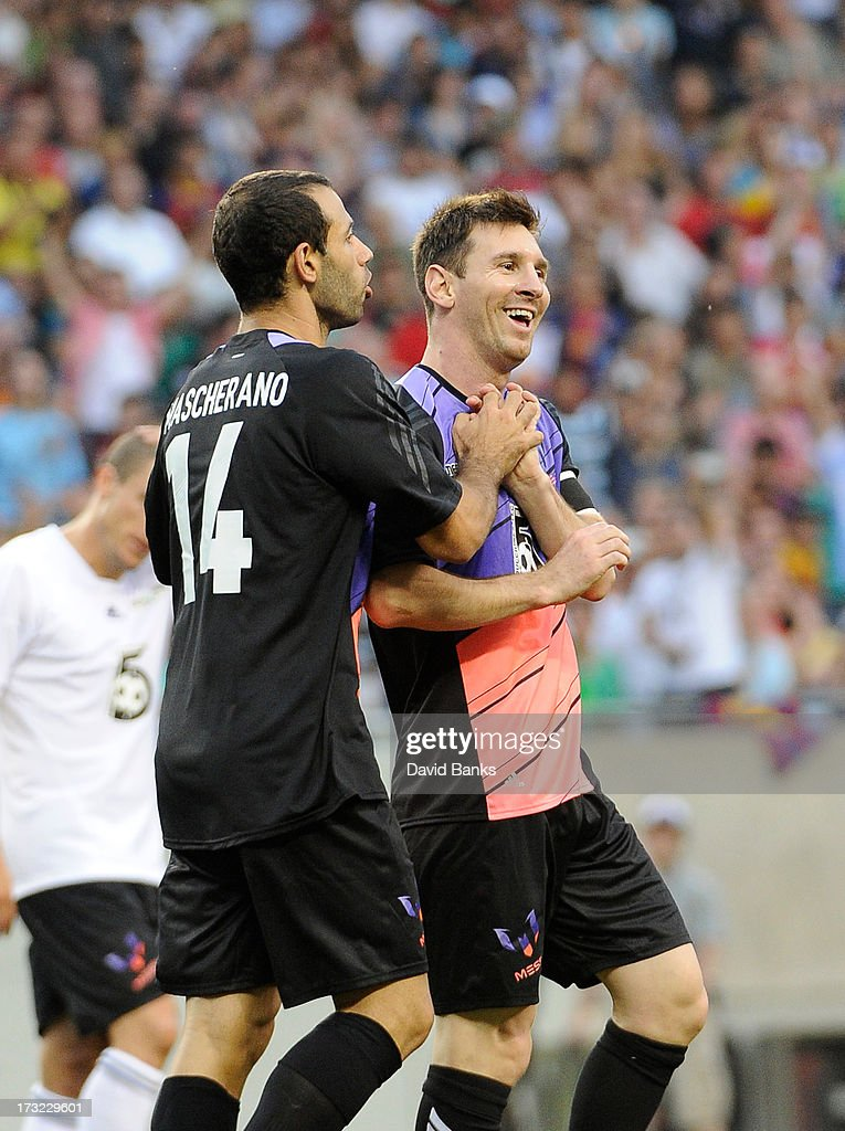 Messi & Friends v The Rest Of The World XI - Game Four : News Photo