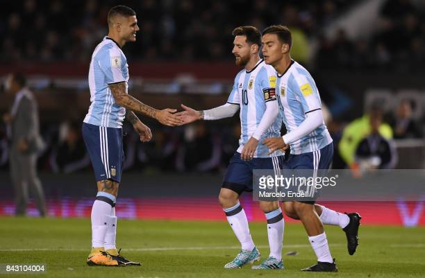 Lionel Messi and Mauro Icardi of Argentina talk during a match between Argentina and Venezuela as part of FIFA 2018 World Cup Qualifiers at...
