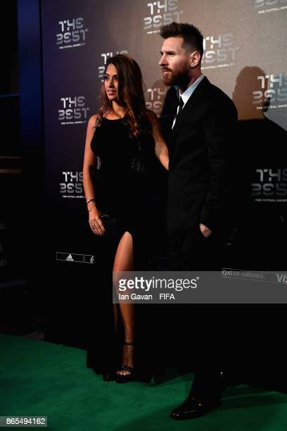 Lionel Messi and wife Antonella Roccuzzo arrives on the green carpet for The Best FIFA Football Awards at The London Palladium on October 23 2017 in...