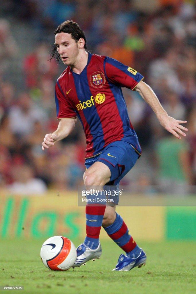 Lionel Messi : News Photo