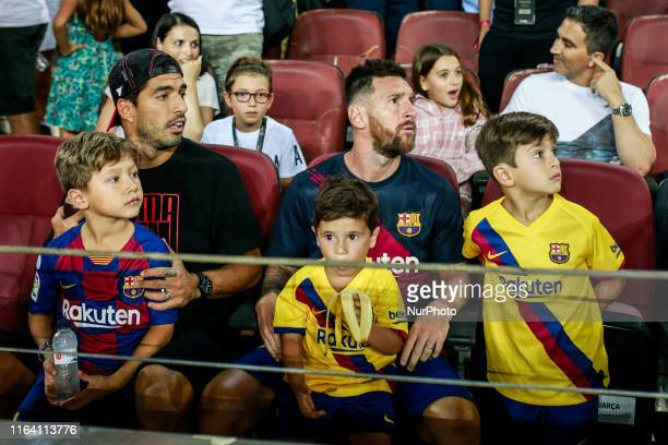 Lionel Messi from Argentina of FC Barcelona portrait with his childrens Thiago and Mateo and Luis Suarez from Uruguay of FC Barcelona portrait with...