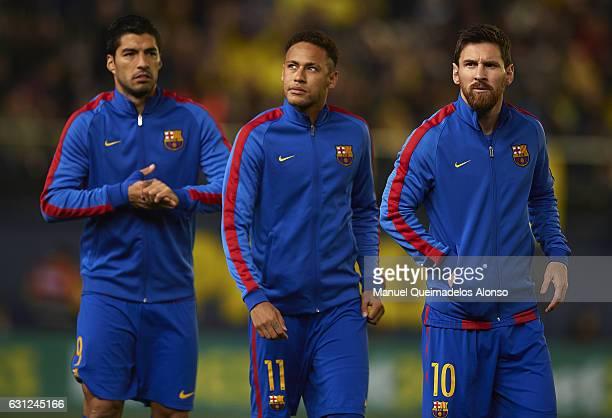 Lionel Messi Neymar JR and Luis Suarez of Barcelona look on prior to the La Liga match between Villarreal CF and FC Barcelona at Estadio de la...