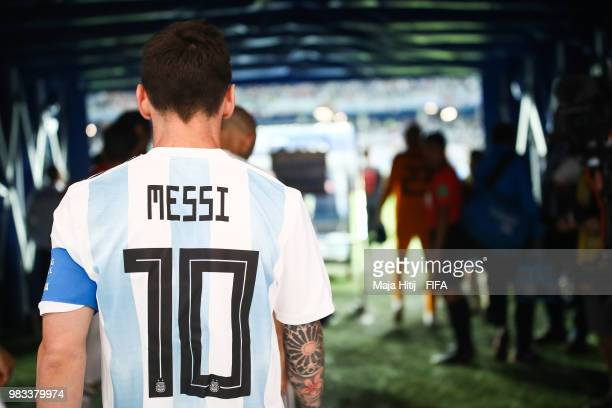 Lionel Messi of Argentina arrives prior to the 2018 FIFA World Cup Russia group D match between Argentina and Croatia at Nizhny Novgorod Stadium on...