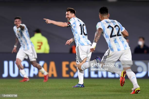 Lionel Messi of Argentina celebrates after scoring the first goal of his team during a match between Argentina and Uruguay as part of South American...