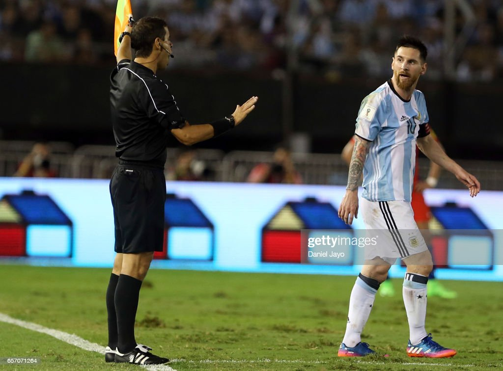 Argentina v Chile - FIFA 2018 World Cup Qualifiers : News Photo