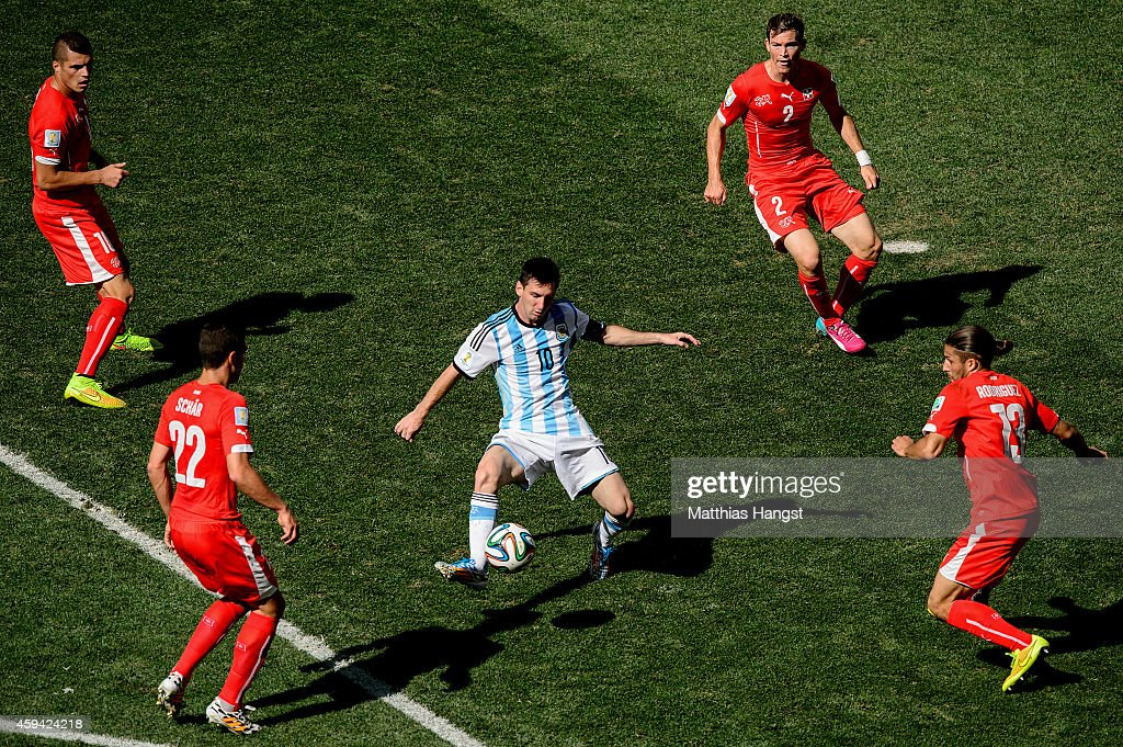 Argentina v Switzerland: Round of 16 - 2014 FIFA World Cup Brazil : News Photo