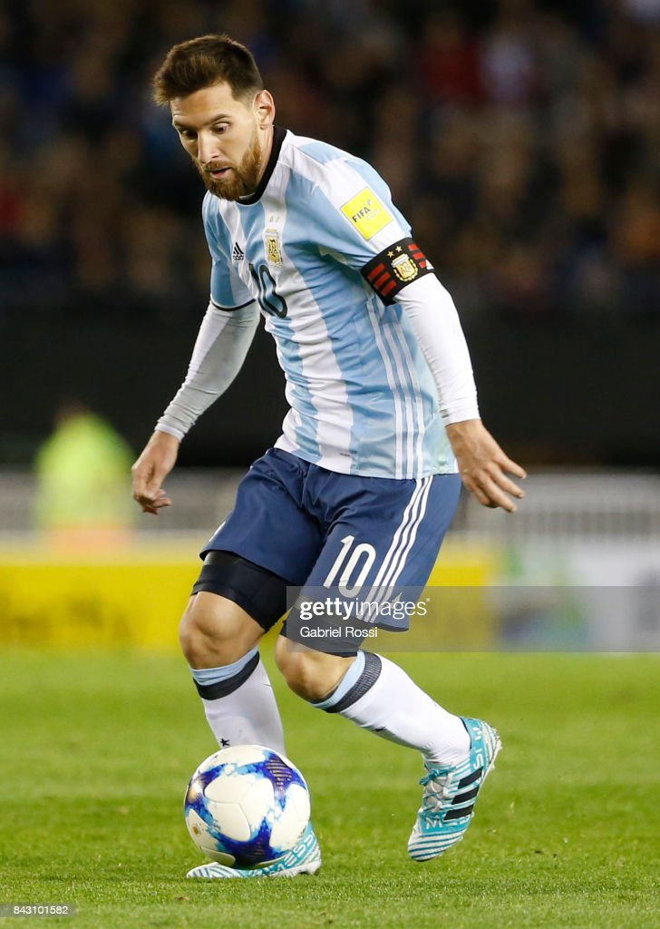 Lionel Messi of Argentina drives the ball during a match between Argentina and Venezuela as part of FIFA 2018 World Cup Qualifiers at Monumental Stadium on September 05, 2017 in Buenos Aires, Argentina.