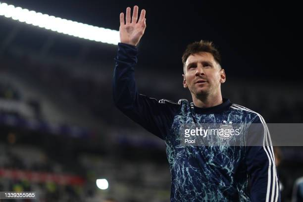 Lionel Messi of Argentina greets fans before a match between Argentina and Bolivia as part of South American Qualifiers for Qatar 2022 at Estadio...