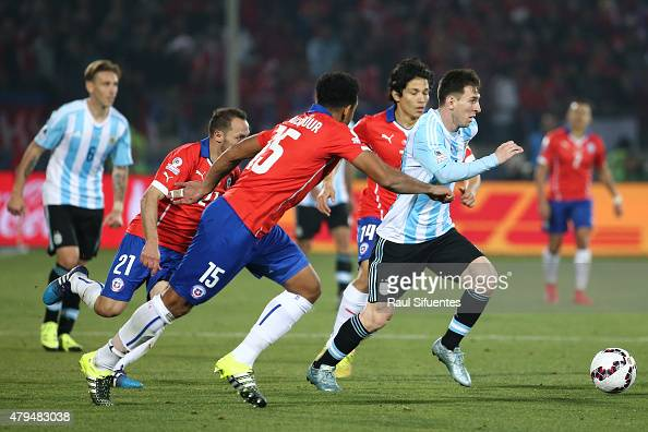 Lionel Messi of Argentina in action during the 2015 Copa ...