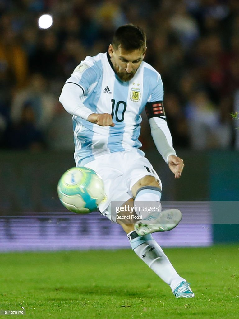 Lionel Messi of Argentina kicks the ball during a match between Uruguay and Argentina as part of FIFA 2018 World Cup Qualifiers at Centenario Stadium on August 31, 2017 in Montevideo, Uruguay.