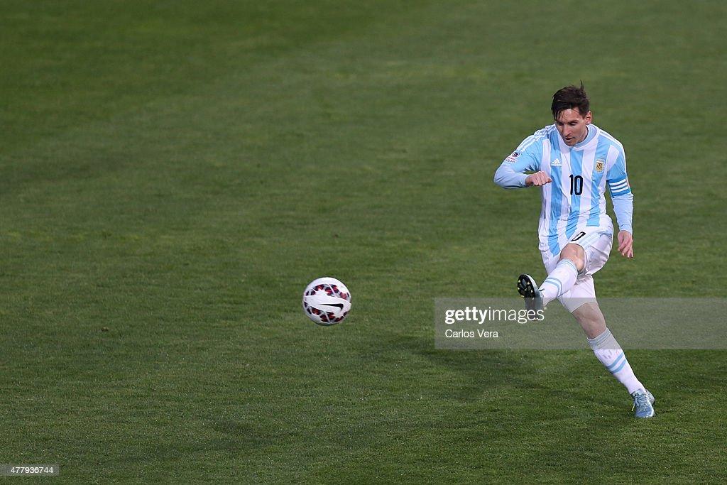 Argentina v Jamaica: Group B - 2015 Copa America Chile : News Photo