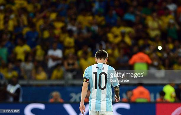 Lionel Messi of Argentina looks dejected during a match between Argentina and Brazil as part of FIFA 2018 World Cup Qualifiers at Mineirao Stadium on...