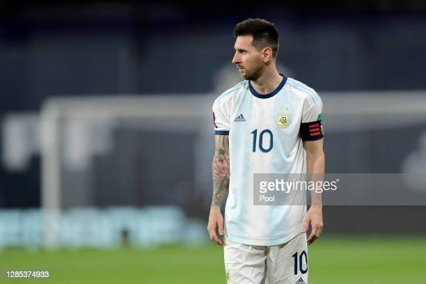 Lionel Messi of Argentina looks on during a match between Argentina and Paraguay as part of South American Qualifiers for Qatar 2022 at Estadio...