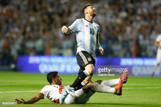 Lionel Messi of Argentina reacts after losing the ball against Miguel Araujo of Peru during a match between Argentina and Peru as part of FIFA 2018...