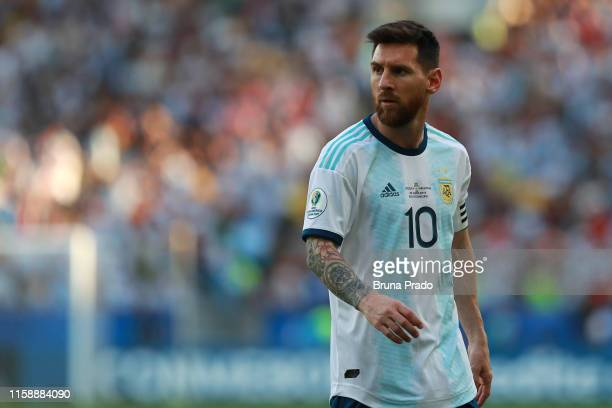 Lionel Messi of Argentina reacts during the Copa America Brazil 2019 quarterfinal match between Argentina and Venezuela at Maracana Stadium on June...
