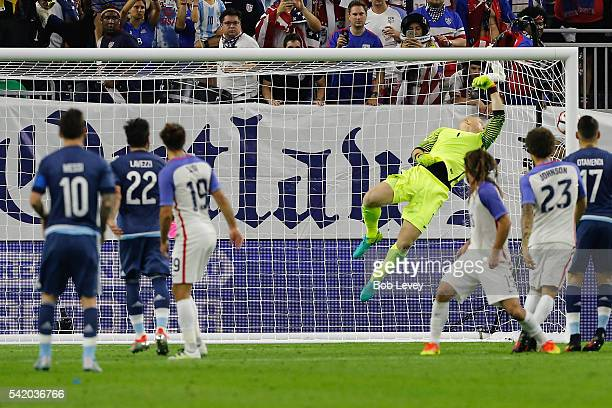 Lionel Messi of Argentina scores a goal against Brad Guzan of United States on a free kick in the first half during a 2016 Copa America Centenario...