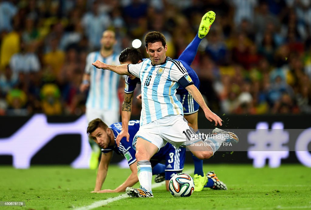 Argentina v Bosnia-Herzegovina: Group F - 2014 FIFA World Cup Brazil : News Photo