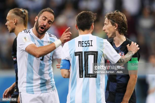 Lionel Messi of Argentina speaks with Luka Modric of Croatia during the 2018 FIFA World Cup Russia group D match between Argentina and Croatia at...