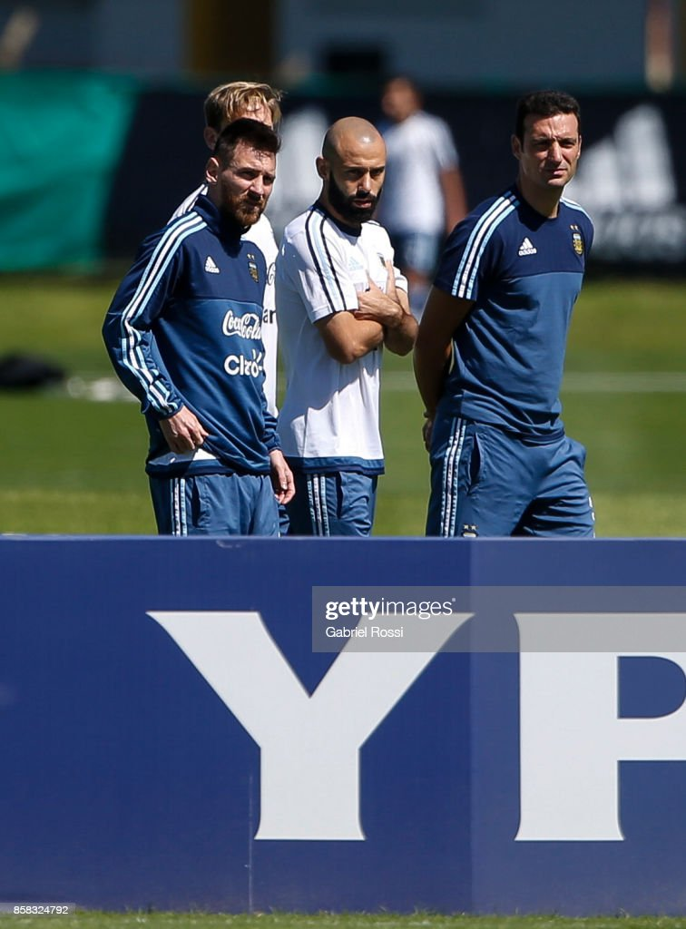 Lionel Messi of Argentina talks with teammate Javier Mascherano during a training session at Argentine Football Association (AFA) 'Julio Humberto Grondona' training camp on October 06, 2017 in Ezeiza, Argentina.