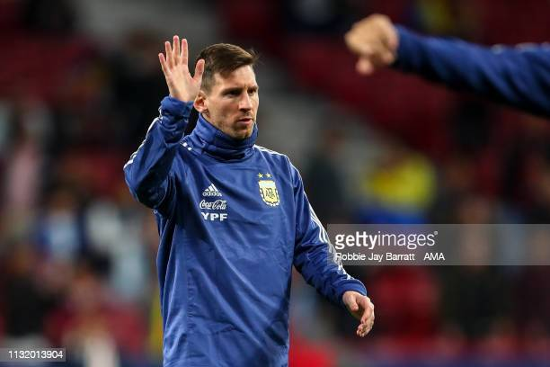 Lionel Messi of Argentines waves to the fans during the International Friendly match between Argentina and Venezuela at Estadio Wanda Metropolitano...