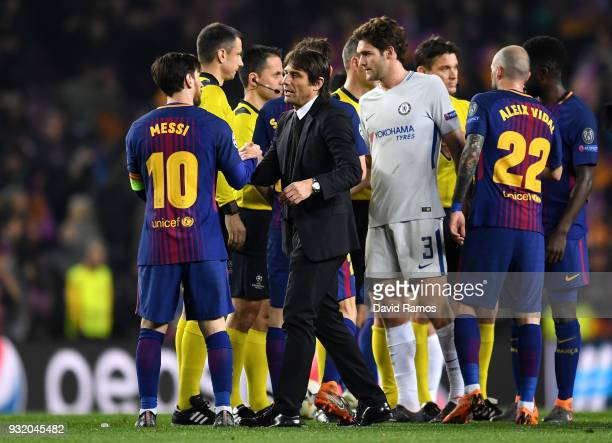 Lionel Messi of Barcelona and Antonio Conte Manager of Chelsea shake hands after the UEFA Champions League Round of 16 Second Leg match FC Barcelona...