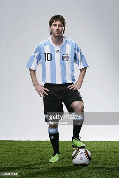 Lionel Messi of Barcelona and Argentina poses for a photograph on November 30 2009 in Barcelona Spain Messi was today announced as the FIFA World...