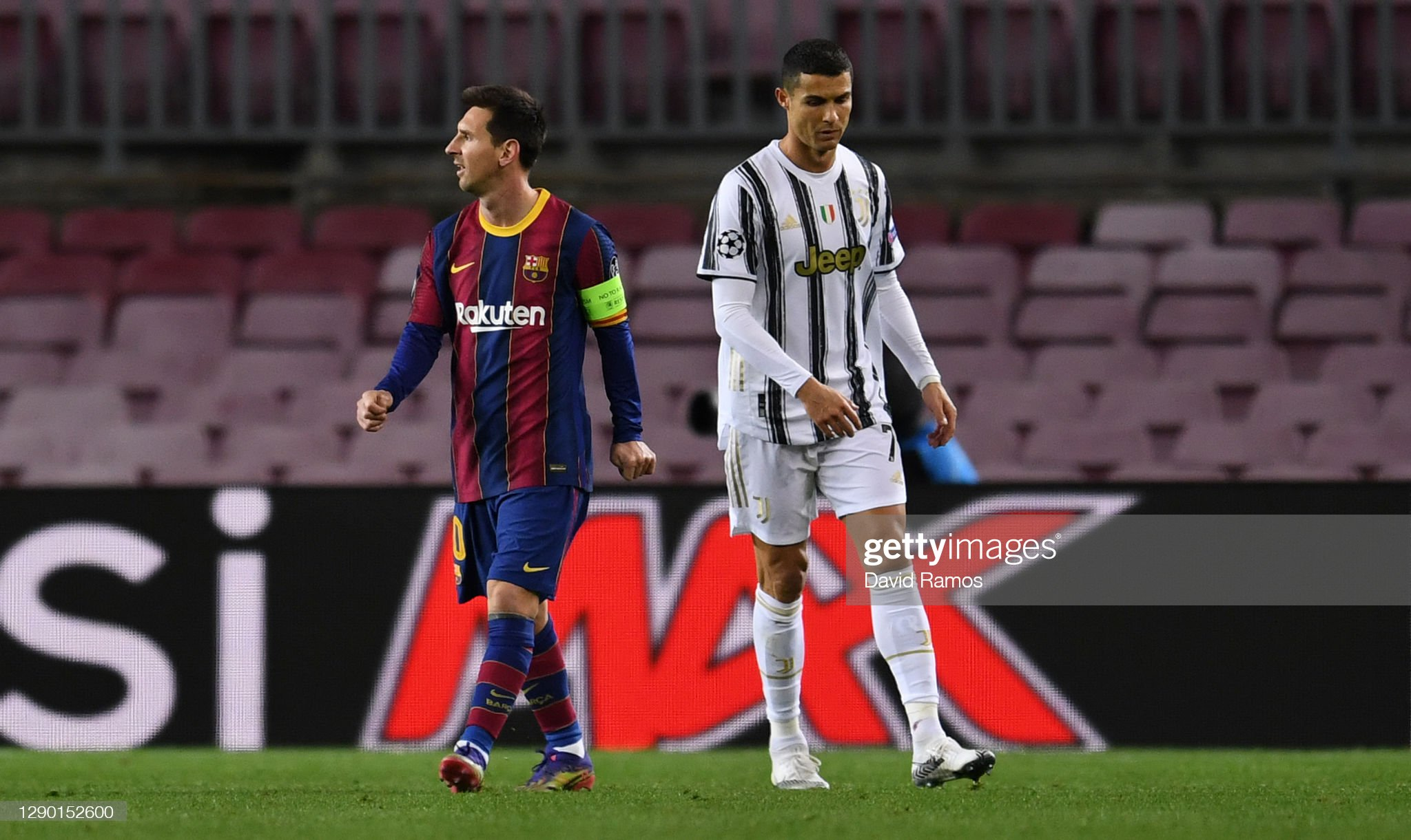 FC Barcelona v Juventus: Group G - UEFA Champions League : News Photo