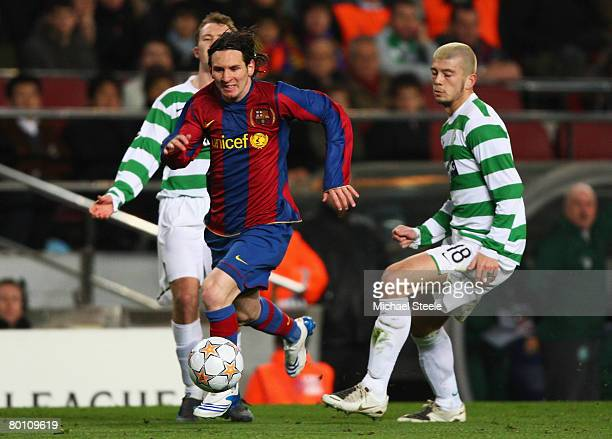 Lionel Messi of Barcelona breaks through the Celtic defence during the UEFA Champions League 2nd leg of the First knockout round match between FC...