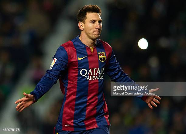 Lionel Messi of Barcelona celebrates after scoring during the La Liga match between Elche FC and FC Barcelona at Estadio Manuel Martinez Valero on...
