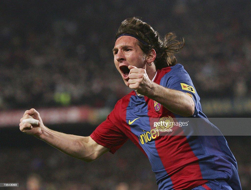Barcelona v Real Madrid : News Photo