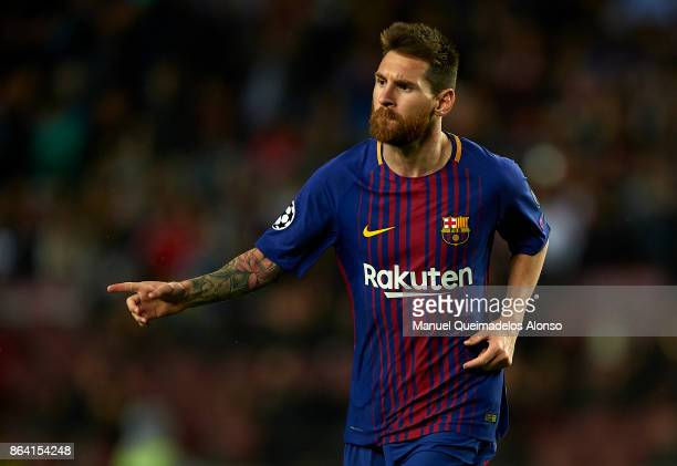 Lionel Messi of Barcelona celebrates scoring his team's second goal during the UEFA Champions League group D match between FC Barcelona and...